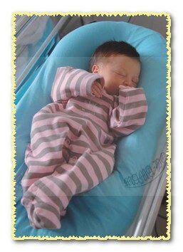 кокон для новонароджених cocoonababy